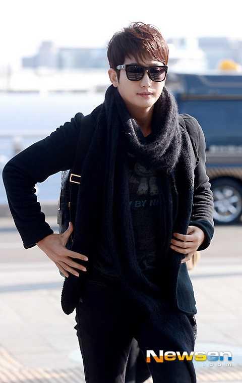 Sau scandal hồi tháng 2, hình ảnh của Park Shi Hoo bị hoen ố đi nhiều. Vì thế lần trở lại này, tài tử họ Park đã đã sẵn sàng đối mặt với thách thức phía trước, nam diễn viên hy vọng sẽ nhận được nhiều sự ủng hộ của khán giả.