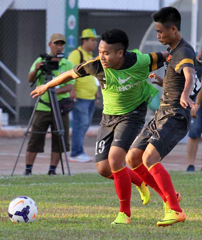 Ở U23 Việt Nam hiện tại, Phi Sơn chơi tiền vệ cánh phải.