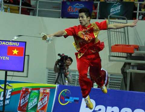 Mạnh Quyền giành HCB SEA Games 27