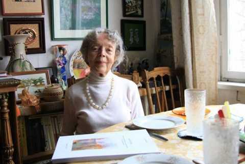 Dù đã qua đại thọ 90 tuổi, bà Sofia Korchikova vẫn mang trong mình tình yêu sâu sắc với đất nước, con người Việt Nam