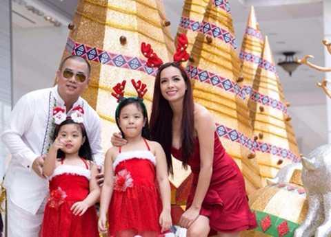 Gia đình hạnh phúc của người mẫu Thuý Hạnh