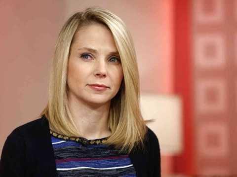 Marissa Mayer là CEO của Yahoo hiện nay.