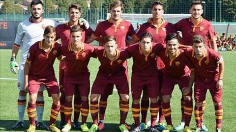 U19 AS Roma có thể hình rất vượt trội.
