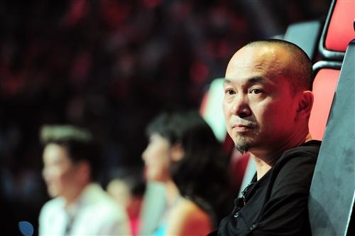 Khán giả tìm thấy sự 'khó tính' của Quốc Trung tại Giọng hát Việt 2013