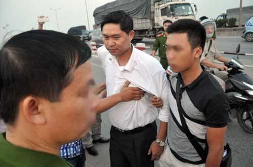Theo LS Nguyễn Hoàng Tiến, nếu sau 12 tháng vẫn không tìm được tung tích của chị Huyền, rất có thể sẽ phải thả tự do cho Nguyễn Mạnh Tường.