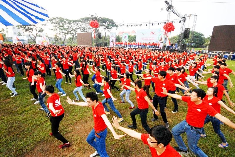 Để tổ chức được màn đồng diễn với cả nghìn người tham gia, ban tổ chức đã phải bỏ nhiều công sức để luyện tập.