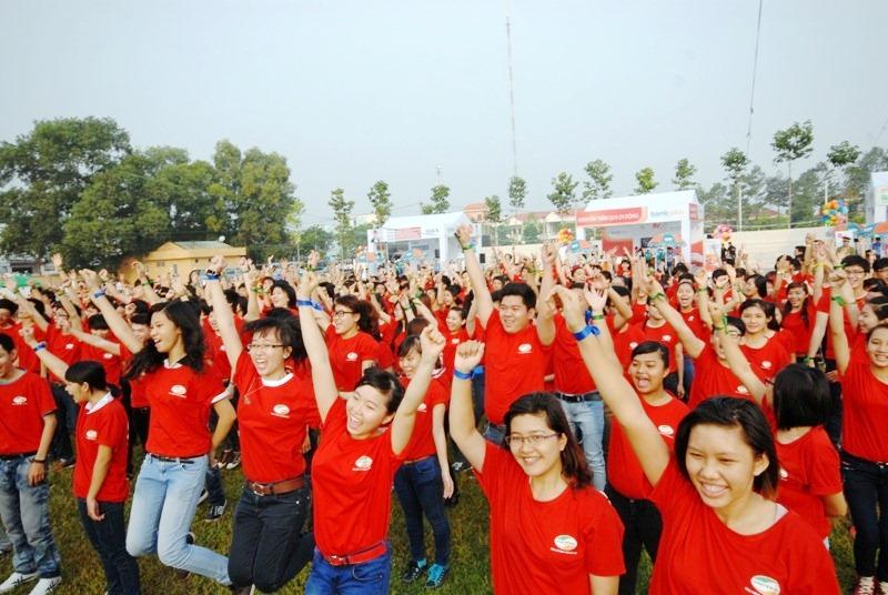 Cả nghìn sinh viên đều hào hứng với một màn trình diễn có một không hai tại Cần Thơ.