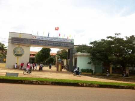 Trường THPT Đồng Xoài có 88 em dự thi HSG tỉnh Bình Phước năm 2013, có 6 em bị 0 điểm môn tin học.