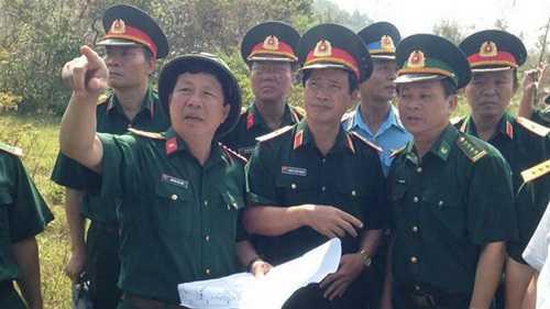 Đoàn công tác Bộ Quốc phòng và Quân khu 4 kiểm tra tiến độ thực hiện.