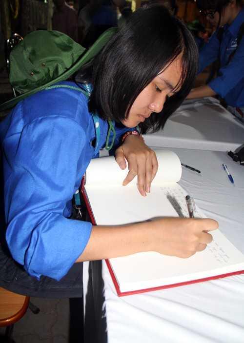 Lê Thị Hiền - sinh viên học viện Ngoại giao.