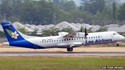 Một chiếc máy bay của hàng không Lào chuẩn bị cất cánh