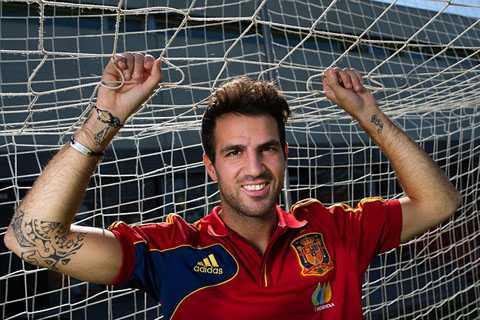 Fabregas vẫn muốn trở lại Anh