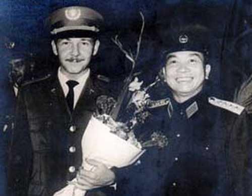 Ông Raul Castro Ruz và Tướng Giáp ở Hà Nội năm 1966 - Ảnh: Toronto Forum on Cuba