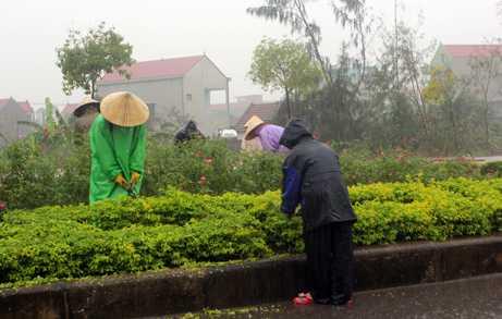Công tác chuẩn bị gấp rút được tiến hành dù chơi mưa rất to