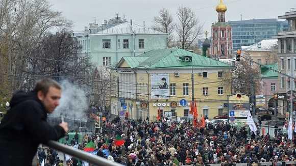 Hàng ngàn người biểu tình tại Matxcơva