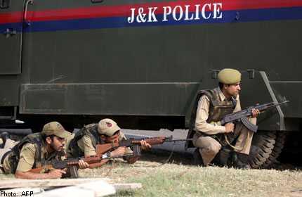 Cảnh sát Ấn Độ tấn công một nhóm phiến quân ở bang Jammu & Kashmir hôm 26/9
