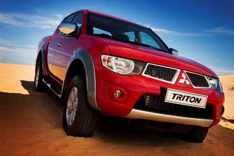 Hơn 700 chiếc Triton và gần 1.300 chiếc Pajero Sport thuộc diện triệu hồi