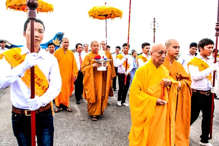 Lễ rước Ngọc Xá lợi Phật lên chùa Đại Tuệ