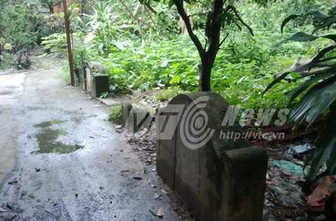 Nghĩa địa của người Tàu nằm giữa khu dân cư trên đường Hoàng Hoa Thám
