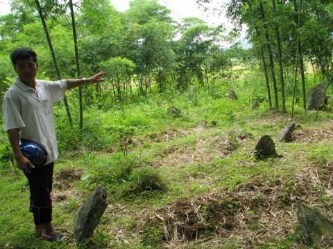 Khu mộ cổ tại xã Ngọc Phụng nghi là của nghĩa quân Lam Sơn