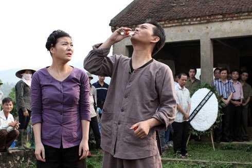 Nghệ sỹ Trung Hiếu sẽ thay Hồng Sơn trong Ma làng 2
