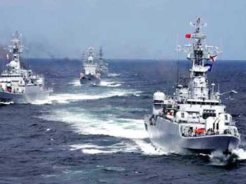 Trung Quốc bất ngờ tập trận quy mô lớn ở Biển Đông