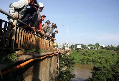 Con sông này từng xảy ra 1 vụ tai nạn kinh hoàng - Ảnh Vnexpress