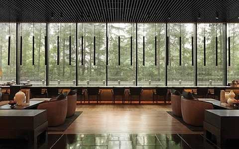 Không gian rộng mở, yên tĩnh ở bar Long, Thượng Hải, Trung Quốc