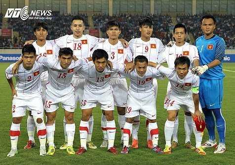 Vực V-League, vực cả tuyển Việt Nam? (Ảnh: Quang Minh)