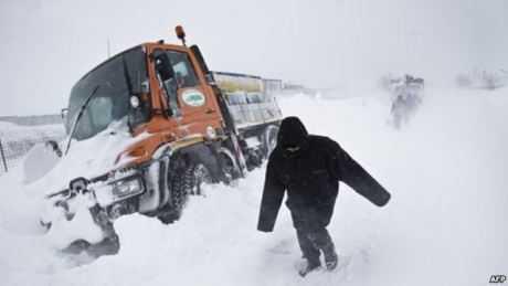 Bão tuyết đang hoành hành khắp châu Âu