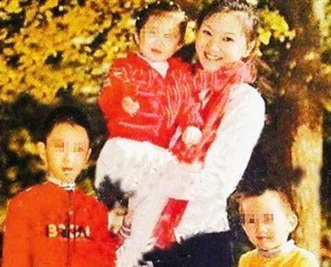 Trần Đình và ba đứa con bị nghi là của Trương Nghệ Mưu.