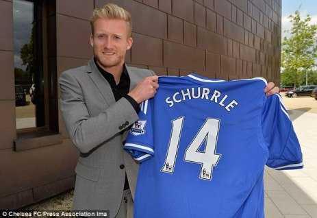 Andre Schurrle sẽ đóng vai trò quan trọng trong triều đại mới của Mourinho.
