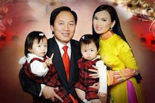 Chính Chu được biết đến là người sẽ thâu tóm Dell và là chồng của Hà Phương - em gái ca sĩ Cẩm Ly.
