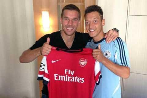 Vừa có Ozil, Arsenal đã mất Podolski
