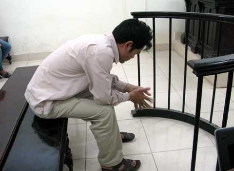 Bị cáo Trần Mạnh Hổ tại tòa.