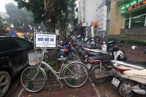 """Nhiều người lo lắng nếu triển khai phương án này, giá vé gửi xe tại Hà Nội sẽ """"loạn cào cào"""" (Ảnh: Internet)"""