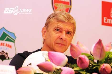 Arsene Wenger dành một tình cảm đặc biệt cho Việt Nam (Ảnh: Thành Phạm)