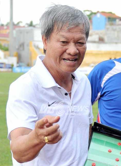 HLV Lê Thụy Hải nhận mức lương cao nhất V-League (Ảnh: VSI)