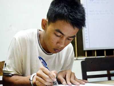 Hung thủ Phạm Văn Lý khai nhận tội tại cơ quan điều tra.