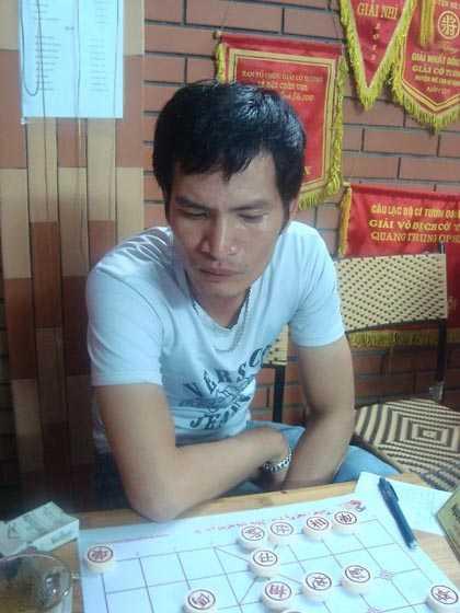 Kỳ thủ Nguyễn Hoàng Chiến