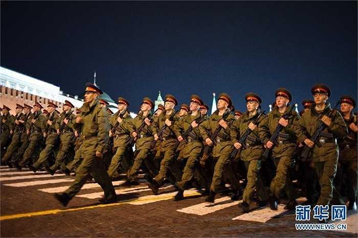 Quân đội Nga luyện tập cho lễ duyệt binh này 9/5 tới
