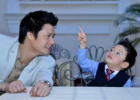 Quang Dũng và con trai Bảo Nam.
