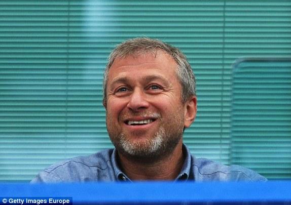 Nụ cười sảng khoái của Abramovich
