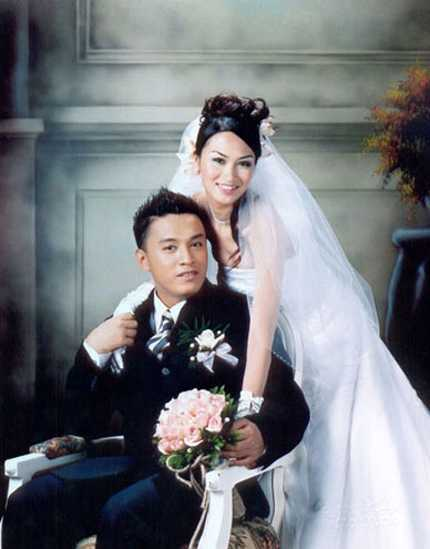 Lam Trường và vợ cũ trong ngày cưới