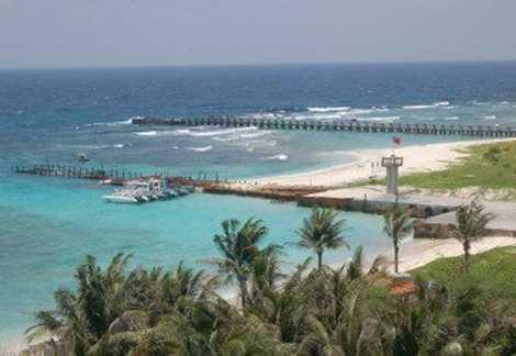Cầu cảng trên đảo Ba Bình hiện chỉ đón được tàu có trọng tải đến 6 tấn