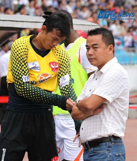 HLV Trần Tiến Đại sẽ bị cấm tham gia hoạt động bóng đá tối thiểu 5 năm nếu XMXT Sài Gòn bỏ giải (Ảnh: Quang Minh)