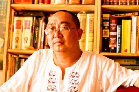 Nhạc sỹ Tuấn Khanh