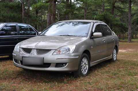 Mitsubishi Lancer gala 1.6 AT