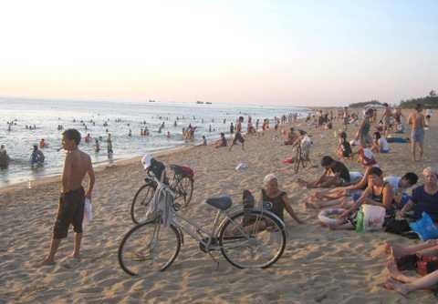 Bãi biển phường 7, TP Tuy Hòa, 5 năm trở lại đây năm nào cũng có học sinh chết đuối