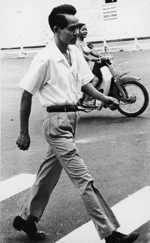 Phạm Xuân Ẩn tới tiệm Givral năm 1973- Nguồn: Tư liệu cá nhân của Phạm Xuân Ẩn